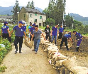 为了水库下游16个村的百姓——象山西周镇防洪抢险纪实