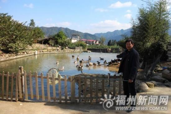 鳗鱼养殖大户亏损后辗转经营农场 一年招待六万多游客