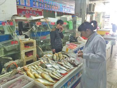 河南郑州市场大闸蟹检出禁药成分 商户称无辜躺枪