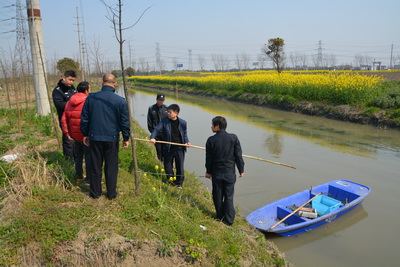 """上海金山区开展""""水仙2号""""渔业专项执法行动"""