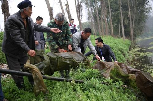 四川自贡市贡井区:开展禁渔巡查  捣毁地笼网500余米