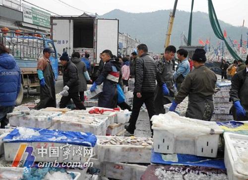 浙江宁波市民最爱的海产品今年价格大幅度上涨