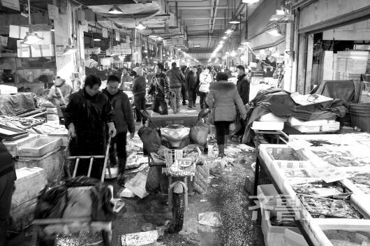 年关在即济南海鲜市场意外遇冷 高档鱼仍不好卖
