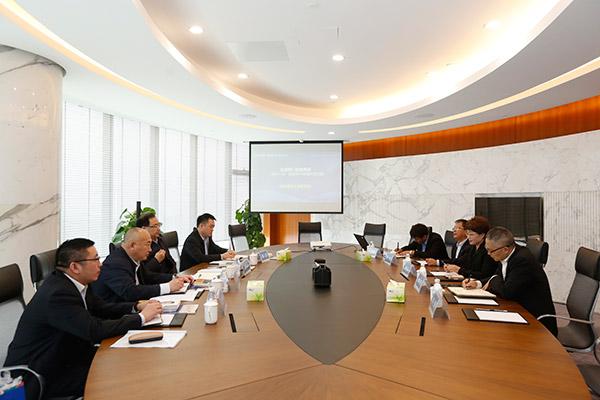 新疆石河子开发区党工委书记孟宪锋一行来访通威