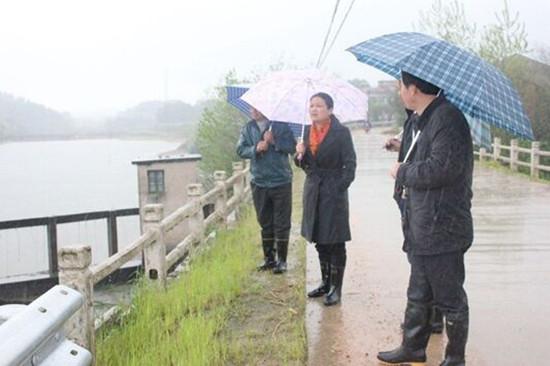 湖北黄冈蕲春县积极做好雨后渔业安全生产工作