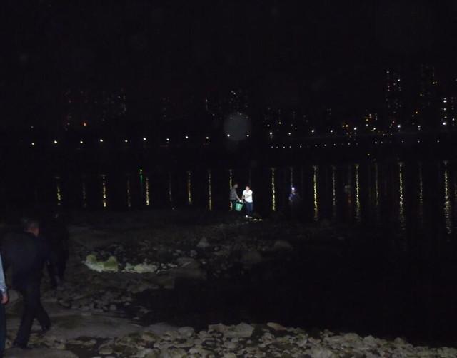 重庆九龙坡区查处一电捕鱼