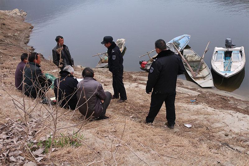陕西汉中石泉县:加大执法力度,保护渔业资源